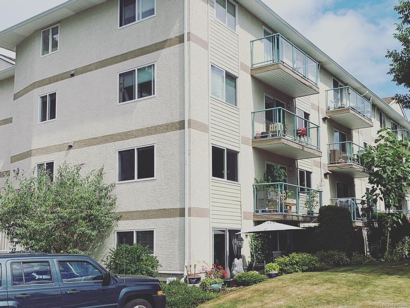 FEATURED LISTING: 405 - 1355 Cumberland Rd COURTENAY