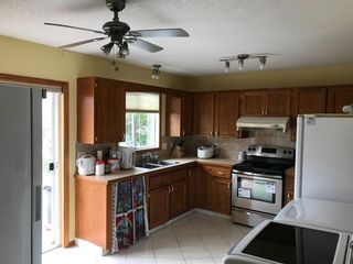 Photo 5: 2806 Catalina Boulevard NE in Calgary: Monterey Park Detached for sale : MLS®# A1130683