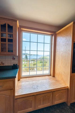 Photo 6: 14 School Road in Ketch Harbour: 9-Harrietsfield, Sambr And Halibut Bay Residential for sale (Halifax-Dartmouth)  : MLS®# 202114484