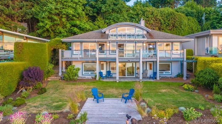 Main Photo: 311 Hall Rd in : PQ Qualicum Beach House for sale (Parksville/Qualicum)  : MLS®# 885604