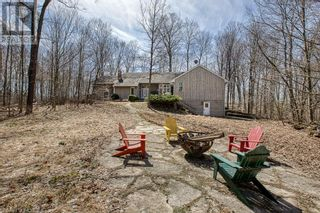 Photo 2: 4921 ROBINSON Road in Ingersoll: House for sale : MLS®# 40090018