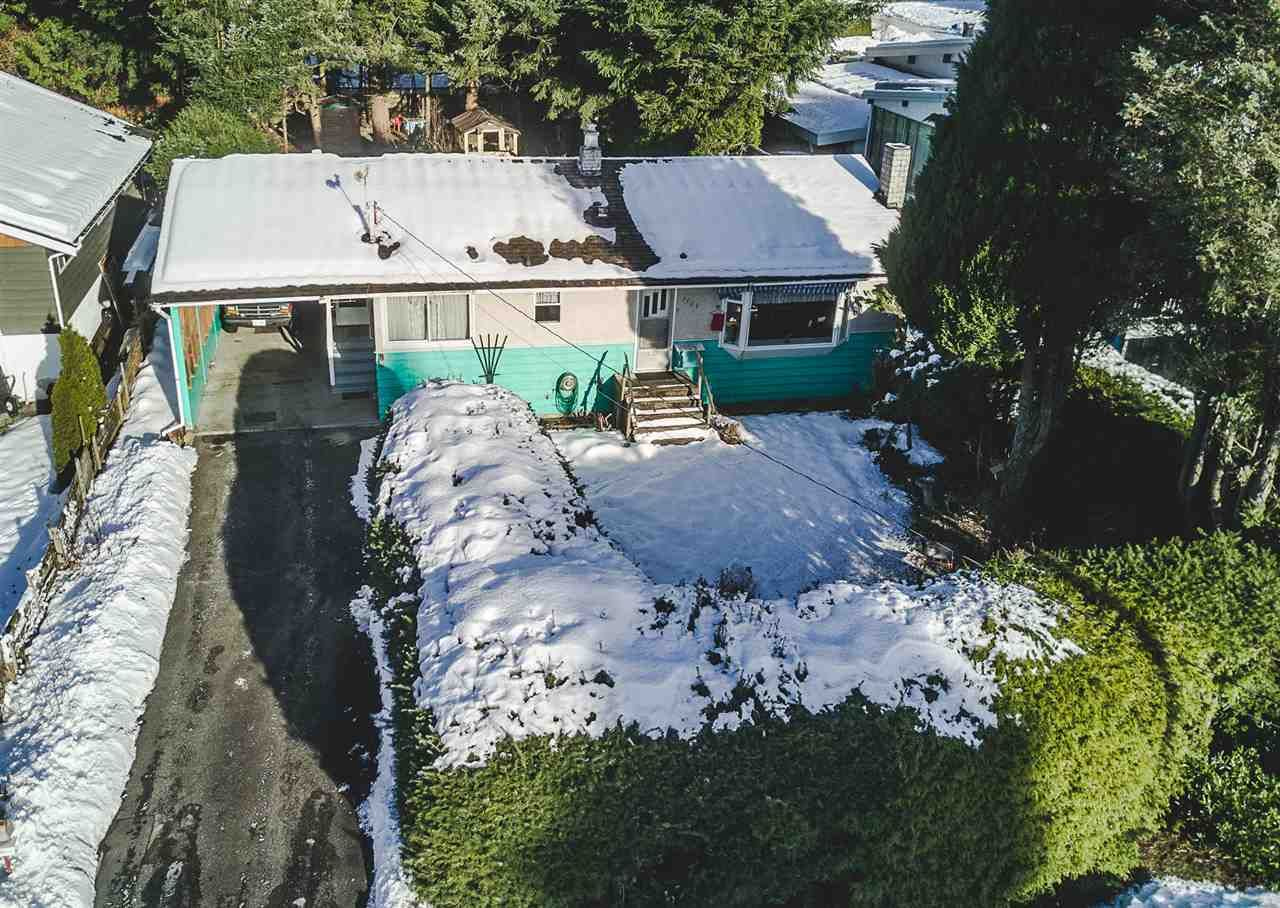 Photo 2: Photos: 1909 RHODENA Avenue in Coquitlam: Central Coquitlam House for sale : MLS®# R2128976