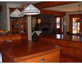 Photo 2: 127 CLARK RD in Gibsons: Gibsons & Area House for sale (Sunshine Coast)  : MLS®# V561909