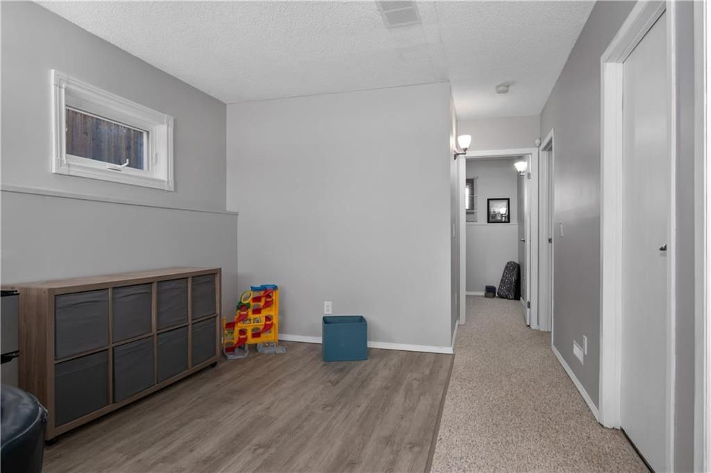 Photo 14: Photos: 57 Maitland Drive in Winnipeg: River Park South Residential for sale (2F)  : MLS®# 202116351