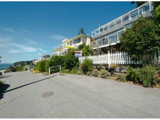Photo 2: 14862 ROPER Avenue: White Rock House for sale (South Surrey White Rock)  : MLS®# F1317026