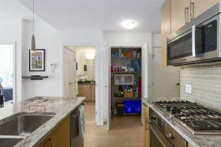 """Photo 12: 703 38 W 1ST Avenue in Vancouver: False Creek Condo for sale in """"THE ONE BY PINNACLE"""" (Vancouver West)  : MLS®# R2450251"""