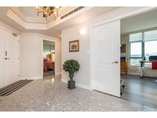 """Photo 3: 1402 32330 SOUTH FRASER Way in Abbotsford: Abbotsford West Condo for sale in """"TOWN CENTER TOWER"""" : MLS®# R2521811"""