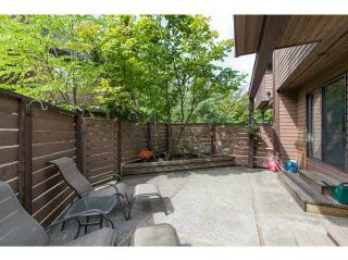 """Photo 18: 3345 MOUNTAIN Highway in North Vancouver: Lynn Valley Townhouse for sale in """"VILLAGE ON THE CREEK"""" : MLS®# V1141033"""