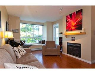 Photo 4: # 203 6833 VILLAGE GREEN in Burnaby: Condo for sale : MLS®# V844427