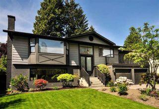 Photo 1: 207 W MURPHY Drive in Delta: Pebble Hill House for sale (Tsawwassen)  : MLS®# R2569374