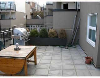 """Photo 4: 10 1350 W 6TH Avenue in Vancouver: Fairview VW Townhouse for sale in """"PEPPER RIDGE"""" (Vancouver West)  : MLS®# V752874"""