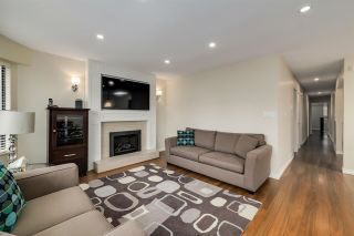 Photo 3: 820 E 37TH Avenue in Vancouver: Fraser VE House for sale (Vancouver East)  : MLS®# R2572909