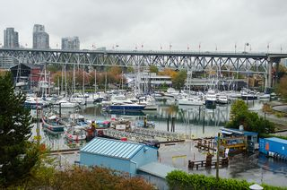 "Photo 4: 202 1490 PENNYFARTHING Drive in Vancouver: False Creek Condo for sale in ""HARBOUR COVE"" (Vancouver West)  : MLS®# V977927"