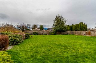 Photo 3: 46254 MCCAFFREY Boulevard in Chilliwack: Chilliwack E Young-Yale House for sale : MLS®# R2444609