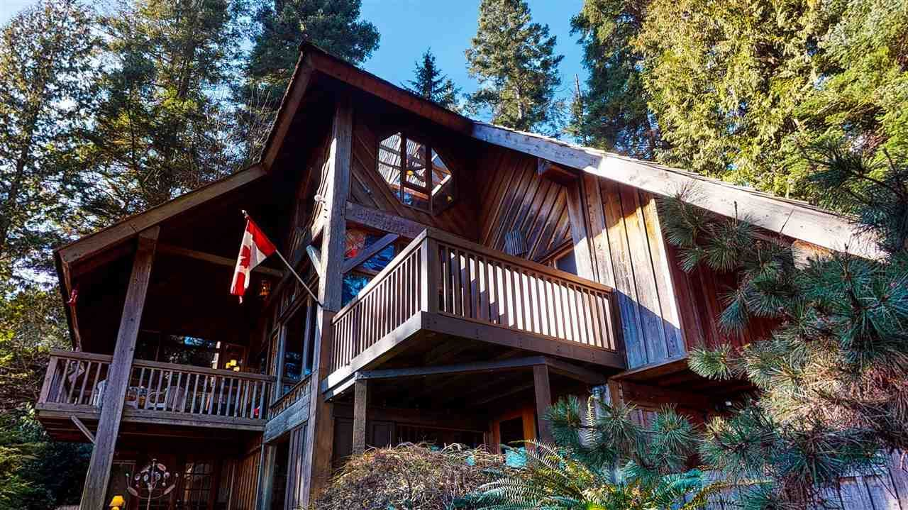 Main Photo: 1055 & 1057 GOWER POINT Road in Gibsons: Gibsons & Area House for sale (Sunshine Coast)  : MLS®# R2552576