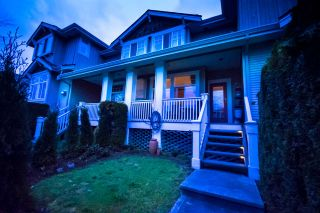 Photo 1: 3 14877 58 Avenue in Surrey: Sullivan Station Townhouse for sale : MLS®# R2242020