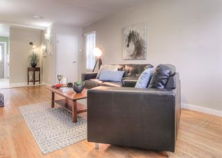 Photo 5: 2103 WESTMOUNT Road NW in Calgary: West Hillhurst Detached for sale : MLS®# A1031544