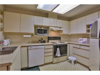"""Photo 10: 120 8600 GENERAL CURRIE Road in Richmond: Brighouse South Condo for sale in """"MONTEREY"""" : MLS®# V1034371"""