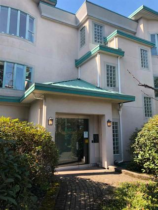 """Main Photo: 106 177 W 5TH Street in North Vancouver: Lower Lonsdale Condo for sale in """"The Jade"""" : MLS®# R2563159"""
