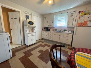 Photo 5: 2 Shaws Lane in Glace Bay: 203-Glace Bay Residential for sale (Cape Breton)  : MLS®# 202124672