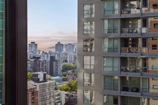 """Photo 14: 1710 1367 ALBERNI Street in Vancouver: West End VW Condo for sale in """"The Lions"""" (Vancouver West)  : MLS®# R2615507"""