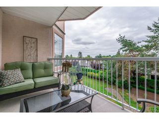 """Photo 16: 208 5375 205 Street in Langley: Langley City Condo for sale in """"GLENMONT PARK"""" : MLS®# R2295267"""