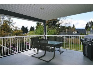"""Photo 8: 19537 116B Avenue in Pitt Meadows: South Meadows House for sale in """"SOUTH MEADOWS"""" : MLS®# V1061590"""