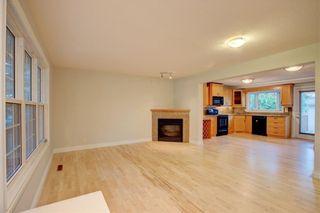 Photo 6: 2417 53 Avenue SW in Calgary: North Glenmore Park Semi Detached for sale : MLS®# C4299772