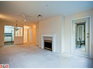 Photo 6: 210 9626 148TH Street in Surrey: Guildford Condo for sale (North Surrey)  : MLS®# F1122827