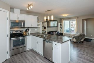 Photo 5: 1014 175 Street in Edmonton: Zone 56 Attached Home for sale : MLS®# E4257234