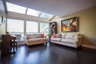 Photo 9: 5757 MAYVIEW Circle in Burnaby: Burnaby Lake Townhouse for sale (Burnaby South)  : MLS®# R2008850