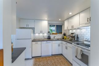 """Photo 6: 879 CUNNINGHAM Lane in Port Moody: North Shore Pt Moody Townhouse for sale in """"Woodside Village"""" : MLS®# R2604426"""