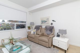 Photo 16: 302 9775 Fourth St in : Si Sidney South-East Condo for sale (Sidney)  : MLS®# 877913