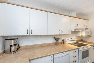 Photo 11: 3 2871 Peatt Rd in Langford: La Langford Proper Row/Townhouse for sale : MLS®# 886109
