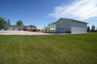Photo 51: 66063 Road 33 W in Portage la Prairie RM: House for sale : MLS®# 202113607