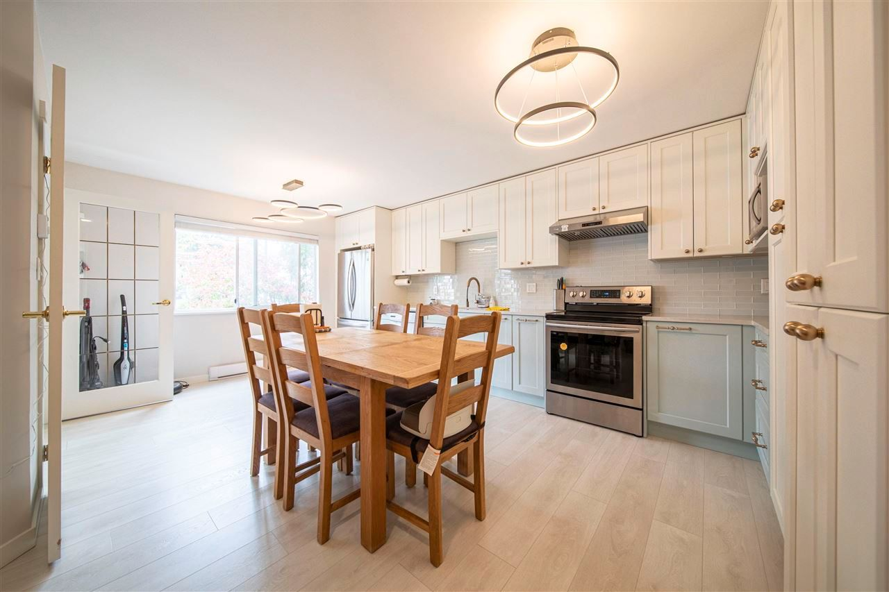"""Main Photo: 203 7368 ROYAL OAK Avenue in Burnaby: Metrotown Condo for sale in """"PARK PLACE II"""" (Burnaby South)  : MLS®# R2575977"""