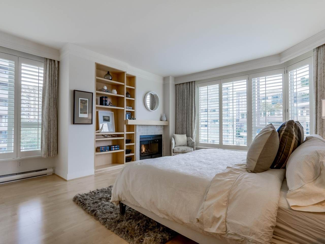 """Photo 16: Photos: 800 1675 HORNBY Street in Vancouver: Yaletown Condo for sale in """"SEAWALK SOUTH"""" (Vancouver West)  : MLS®# R2083569"""