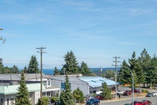 Photo 1: 405 3185 Barons Rd in : Na Uplands Condo for sale (Nanaimo)  : MLS®# 883782