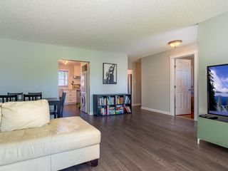 Photo 10: 9727 Austin Road SE in Calgary: Acadia Detached for sale : MLS®# A1071027