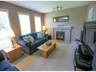 Photo 8: 18875 64TH Avenue in Surrey: Cloverdale BC House for sale (Cloverdale)  : MLS®# F1408597