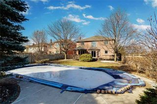 Photo 19: 37 Lofthouse Dr in Whitby: Rolling Acres Freehold for sale : MLS®# E4053705