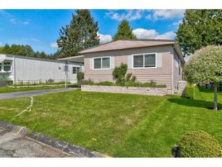 """Photo 1: 251 1840 160 Street in Surrey: King George Corridor Manufactured Home for sale in """"BREAKAWAY BAYS"""" (South Surrey White Rock)  : MLS®# R2574472"""