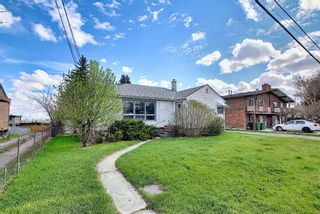 Photo 2: 606 30 Avenue NE in Calgary: Winston Heights/Mountview Detached for sale : MLS®# A1106837