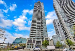 """Photo 1: 2701 9981 WHALLEY Boulevard in Surrey: Whalley Condo for sale in """"PARK PLACE ii"""" (North Surrey)  : MLS®# R2608443"""