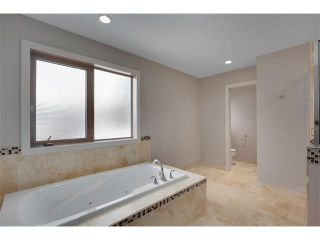 Photo 18: 4817 23 Avenue NW in Calgary: Montgomery House for sale : MLS®# C4096273