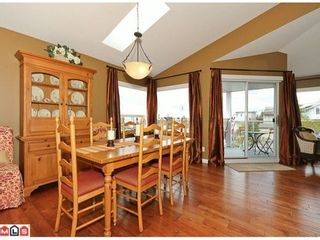 Photo 3: 938 HABGOOD Street in South Surrey White Rock: Home for sale : MLS®# F1107771
