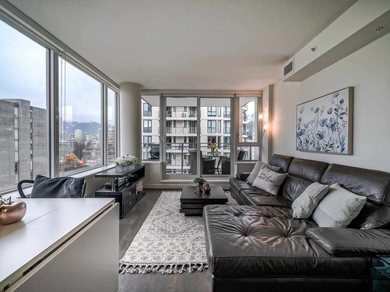 Main Photo: 1501 1009 HARWOOD Street in Vancouver: West End VW Condo for sale (Vancouver West)  : MLS®# R2561317