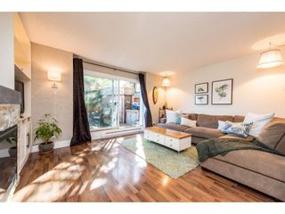 """Photo 3: 974 HOWIE Avenue in Coquitlam: Central Coquitlam Townhouse for sale in """"Wildwood Place"""" : MLS®# R2350981"""