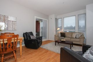 Photo 3: 304 14 E ROYAL AVENUE in New Westminster: Fraserview NW Condo for sale : MLS®# R2133443