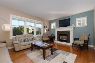 Photo 10: 4010 South Valley Dr in : SW Strawberry Vale House for sale (Saanich West)  : MLS®# 857679